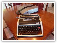Olivetti Lettera Deluxe 1969